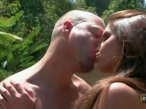 Hot naked girl Giselle Leon gets her pink hole filled