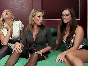 Hot babes Brianna Ray, Kristen Cameron and Sarah Jackson have gathered for a...