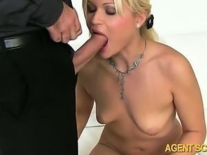 Perky tits amateur Kitti fucked n facial