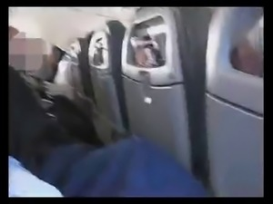 Spanish couple crazy handjob in a plane (amazing)