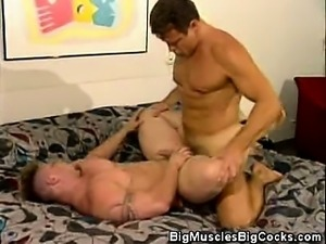 Barebacking Muscled Men And Cumshots