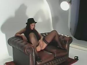Dutch slut keeps her hat on