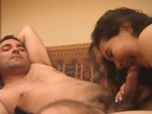 Amateur indian giving head