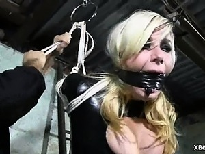 Punishment Loving  Bondage Chick Fetish Games