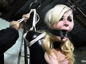 Punishment Loving  Bondage Chick Fetish Games