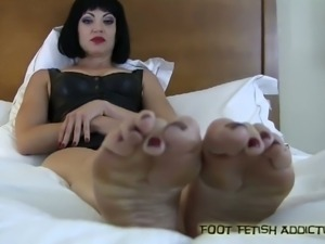 Foot fetish bitches addiction