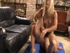 Diana Pulls Cock 3 free