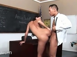 ultra lovely brunette fuck hard