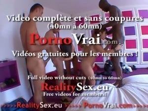 French squirt Jessy ejacule pour la 1ere fois !