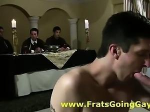 Amateur pledge for gay fraternity sucks cock