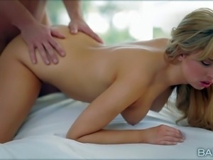 Molly Bennett is one cute young blonde that makes her boyfriend happy. Sweet...