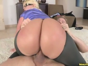 Huge ass milf julie cash rides big cockc