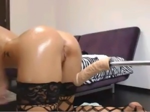 Hot Blonde Using Sex Machine