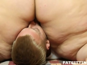 Bbw slut sits on her man's face and gets fucked