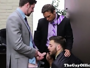 Gay office hunk giving head to his supervisors