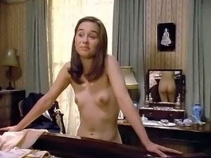 Tara Fitzgerald (full nude and hairy)
