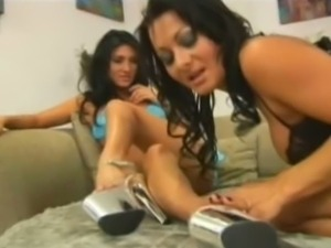 Sandra romain and persia decarlo go lesbo