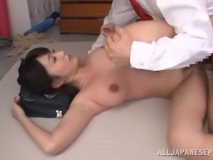 japanese slut gets a face full of cum