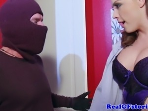Slutty busty housewife milf blows dude and doggystyle drill