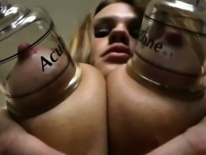 Fetish bdsm slut gets nipples pegged