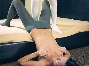 shocking hot lesbians in pantyhose