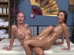 Beautiful babes playing with sex toys Sexy babes Nicole and Aline performs...