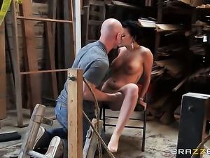 Johnny Sins gets pleasure from fucking fuck crazed Eva Angelinas backdoor