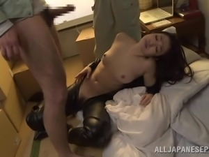 obedient japanese milf being mouth fucked