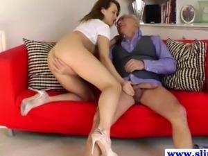 Old brit dude being dicksucked