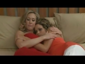 Mother daughter lesbian porn video free
