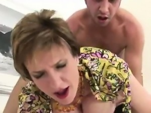Mature british milf gets facial
