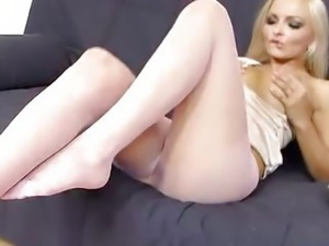 Super blond-haired Jenna Awesome extreme nylon fetish