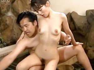 Japanese babe fucking hard