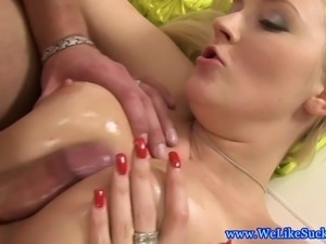 Blowjob loving euro gets titfucked by lucky dude