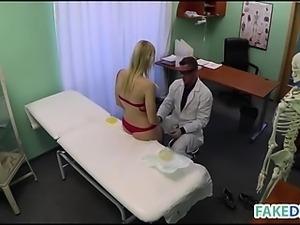 Doctor wants fuck his patient