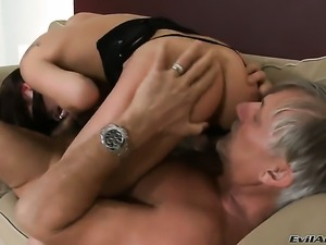 Christoph Clark loves always wet warm love hole of Leony Dark after she gets...