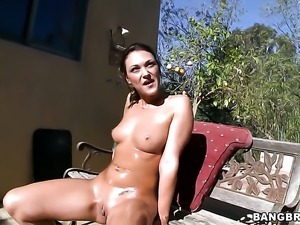 Olivia Wilder getting the earth moving fuck