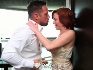 Horny redhead just wants to suck and get fucked
