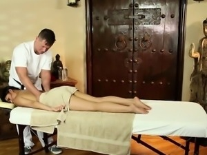 Massage for naive asian hottie