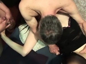 Dirty slut goes crazy having oral sex