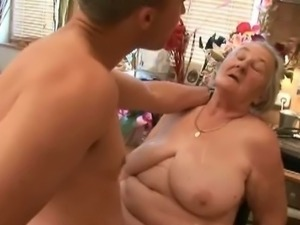 Chunky granny tag teamed