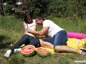 Sweet brunette teen minx Tamara suck and fuck a large pecker outdoors