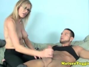 Spex mature MILF cockrub lover is jerking dick