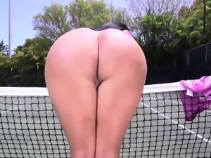 Fat ass Kiara Mia gets fucked at a tennis court