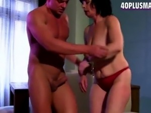 plump divorced mom pounding new lover in this porno clip