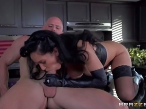 sexy milf Isis Love turns herself into dominatrix and takes advantage of guys...