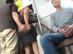 Satomi Suzuki is fingered in full subway