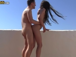 skinny babe gets fucked from behind