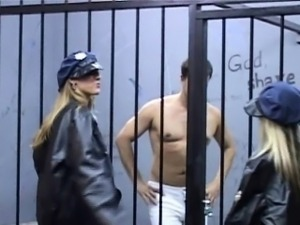 Nympho warders using prisoner for fuck