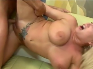 Big tits mature with tattoo gets fuck and cumshot